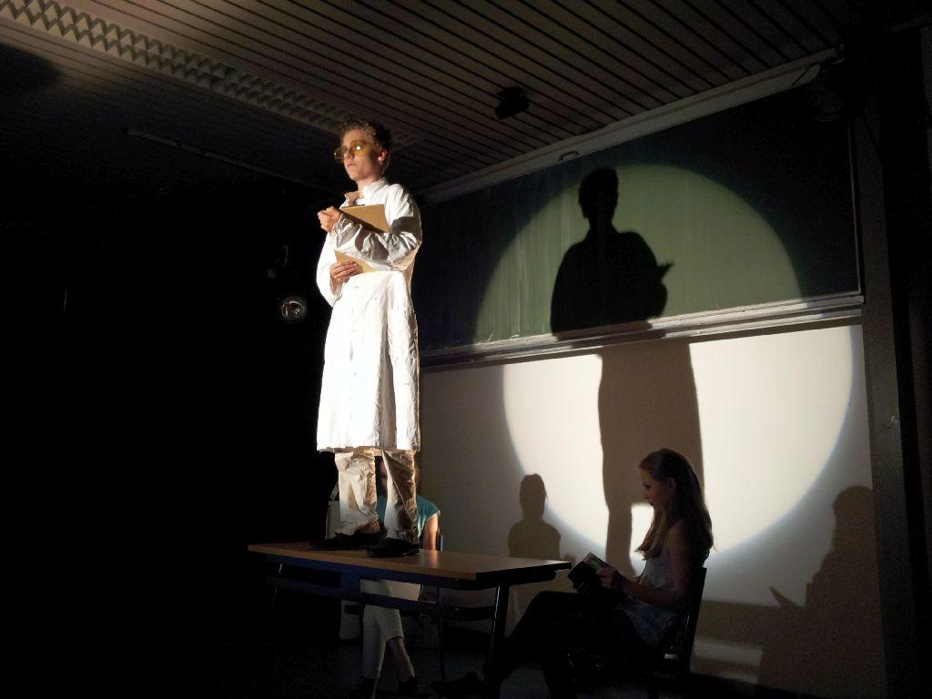 Mittelstufen-Theater